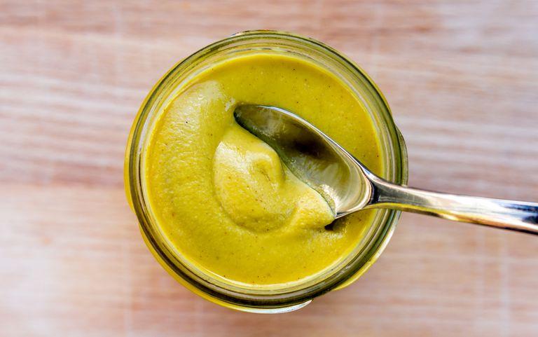 Beneficiile de sanatate de muștar – un condiment populare, dar este hrănitoare?
