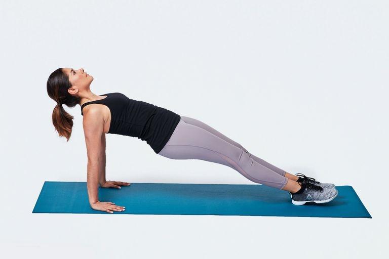 Як зробити зворотний Plank: Правильна форма, варіації і поширені помилки