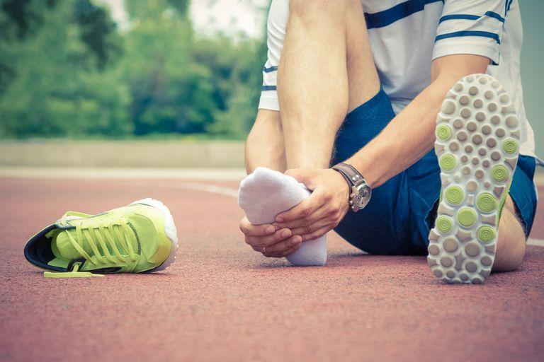 ¿Qué puede causar dolor de pies después de ejecutar