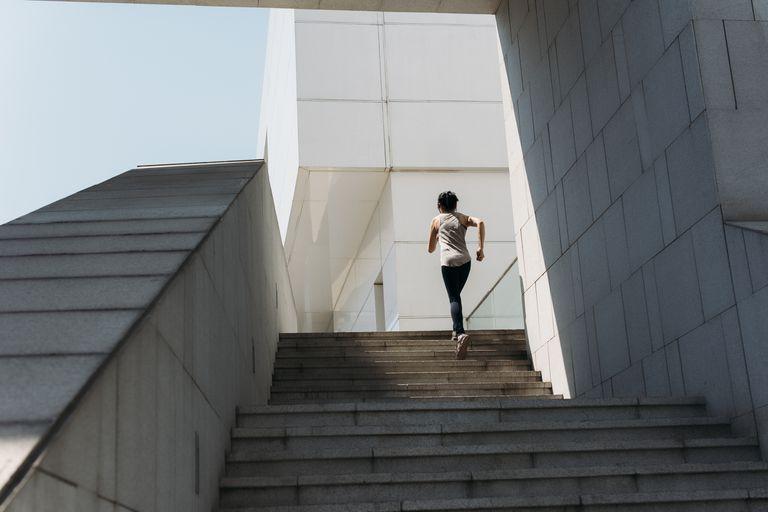 Stair Running pass att bygga hastighet och Power