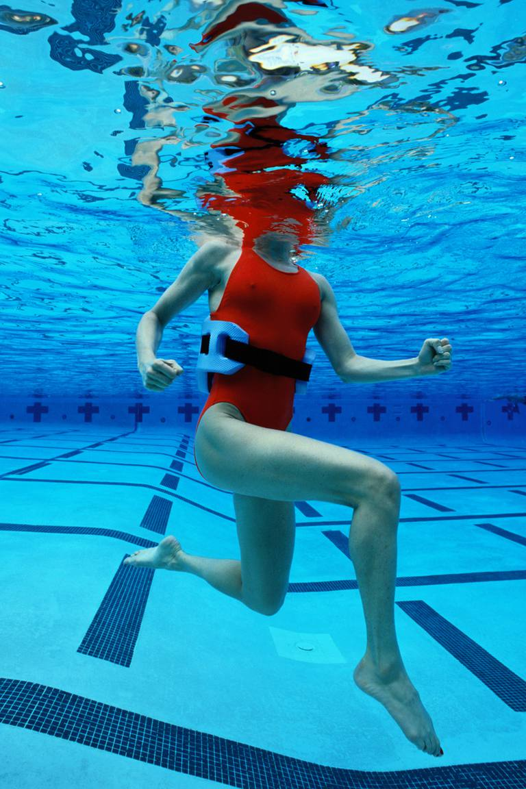 Come fare Deep Water Running for Injury recupero
