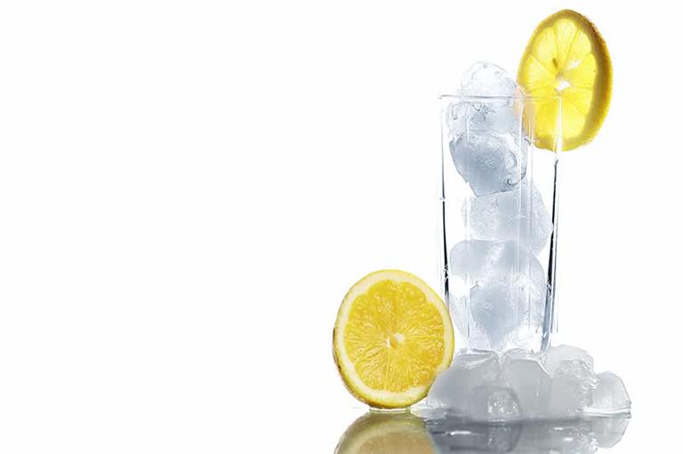 Tonic Faits eau Nutrition: calories et bienfaits pour la santé