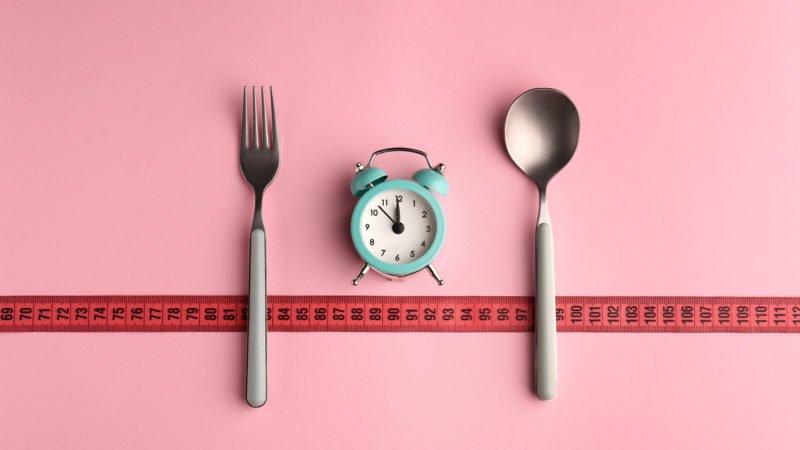 Jak často byste měli jíst, jak zhubnout nebo získat svaly?