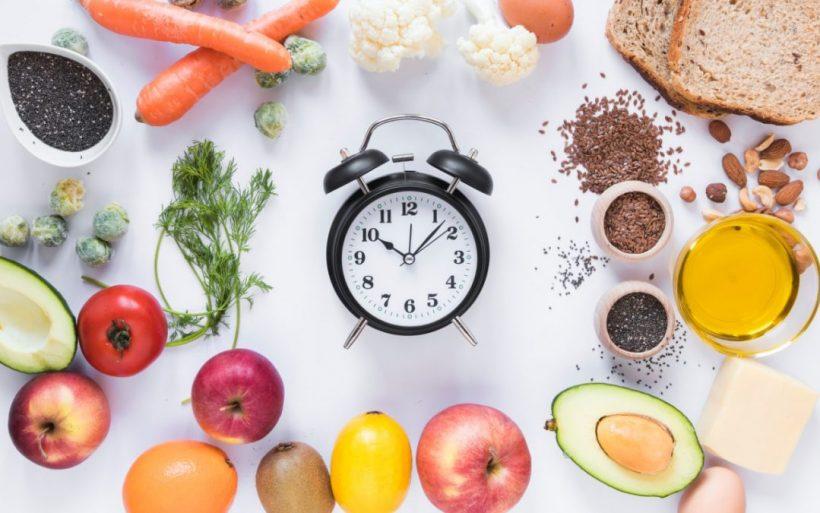 Προτίμηση Χρονοδιάγραμμα για Πότε να τρώνε υδατάνθρακες, λίπος και πρωτεΐνη