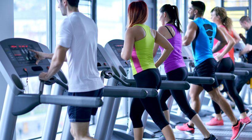 Είναι Τρέξιμο Έξω καλύτερο από το τρέξιμο σε διάδρομο;