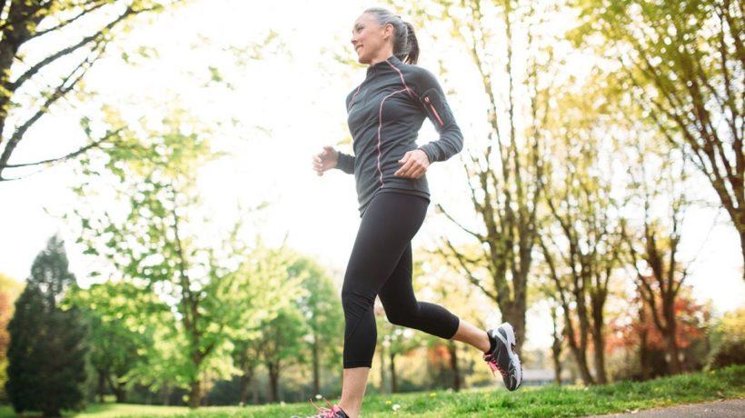 Cum să scapi de greutate cu Exercitarea în timpul menopauzei