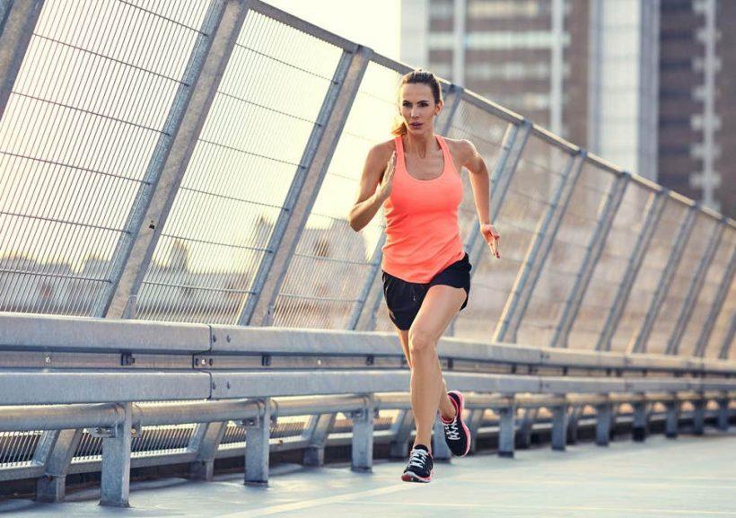 Използването Cooper Test 12-минутен ход, за да проверите аеробика фитнес