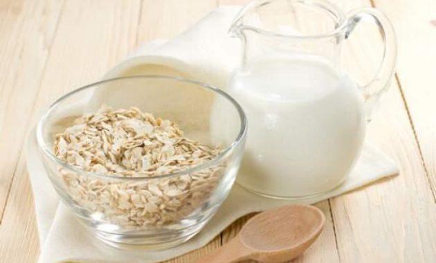 Faits Oat Milk Nutrition – calories, glucides et avantages pour la santé