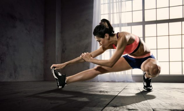 Sträcker och varm-ups för styrketräning